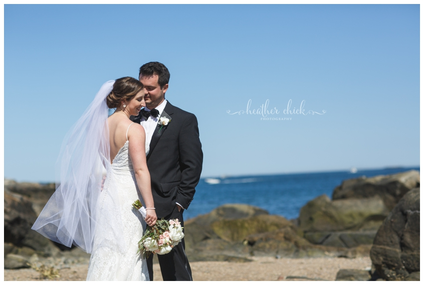 danvers-yacht-club-wedding-ma-wedding-photographer-heather-chick-photography12793