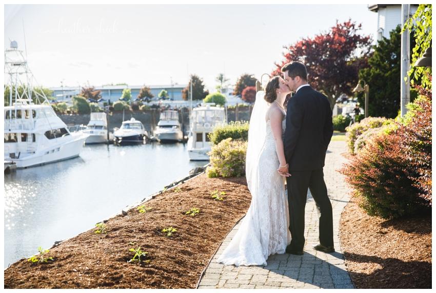 danvers-yacht-club-wedding-ma-wedding-photographer-heather-chick-photography12837