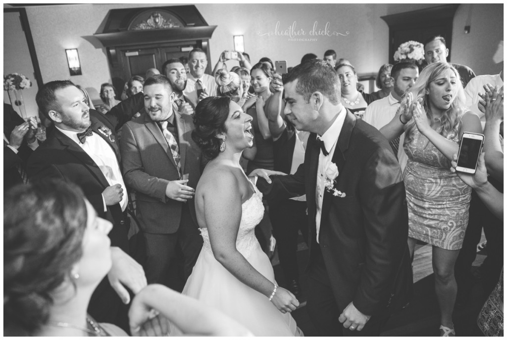 cafe-escadrille-wedding-ma-wedding-photographer-heather-chick-photography15738