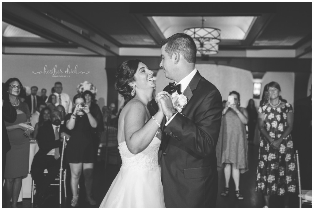 cafe-escadrille-wedding-ma-wedding-photographer-heather-chick-photography15739