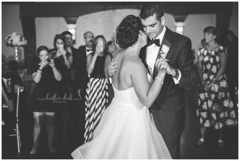 cafe-escadrille-wedding-ma-wedding-photographer-heather-chick-photography15742