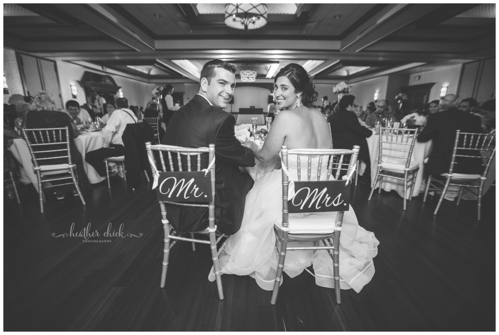 cafe-escadrille-wedding-ma-wedding-photographer-heather-chick-photography15750