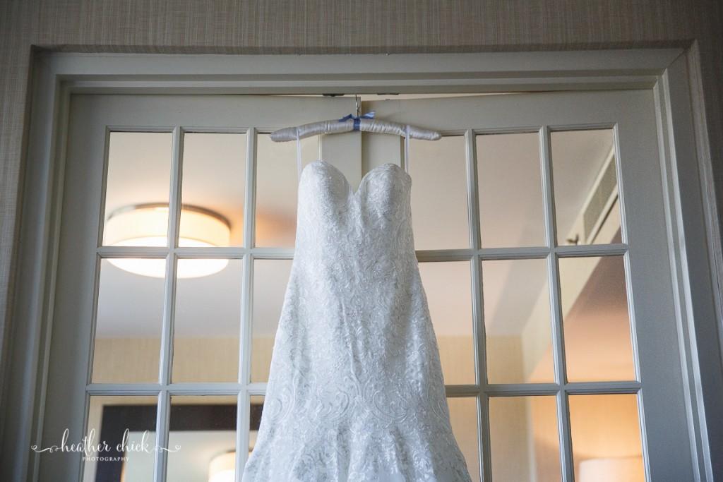 oakley-country-club-wedding-ma-wedding-photographer-heather-chick-photography-005