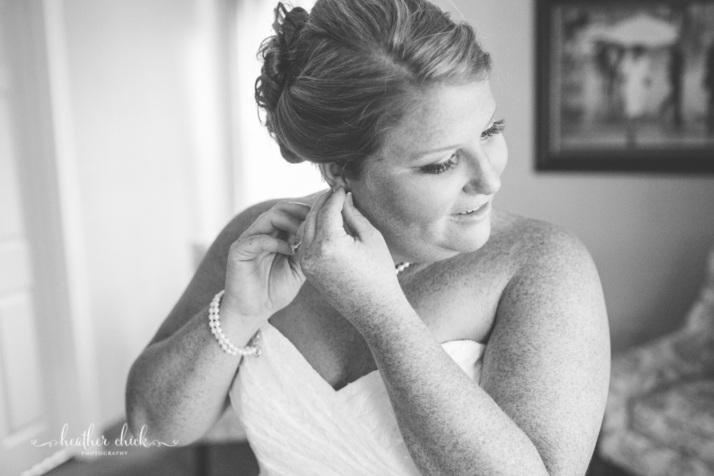 chocksett-inn-wedding-ma-wedding-photographer-heather-chick-photography-028-3j4a1656