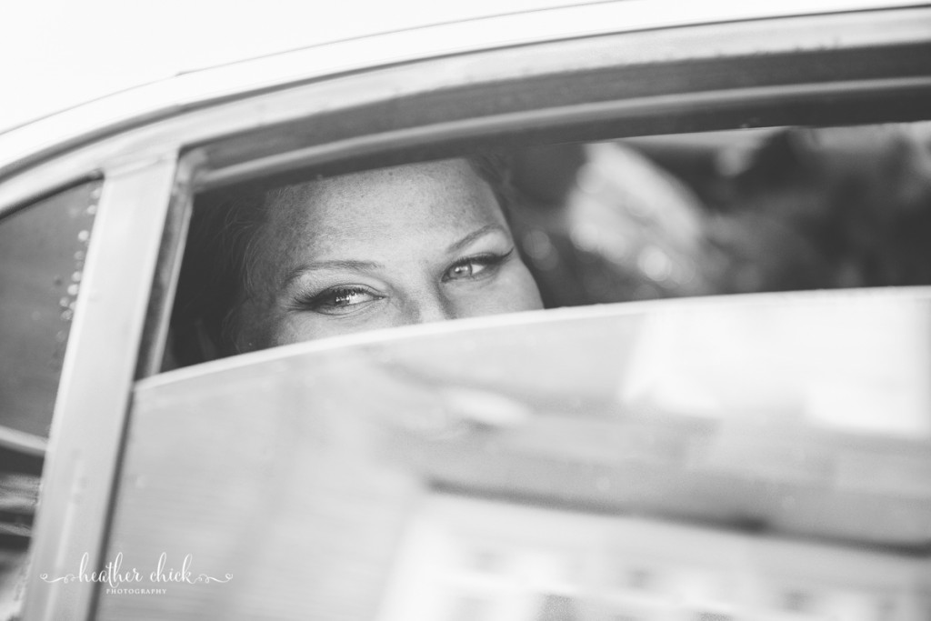chocksett-inn-wedding-ma-wedding-photographer-heather-chick-photography-033-3j4a2087