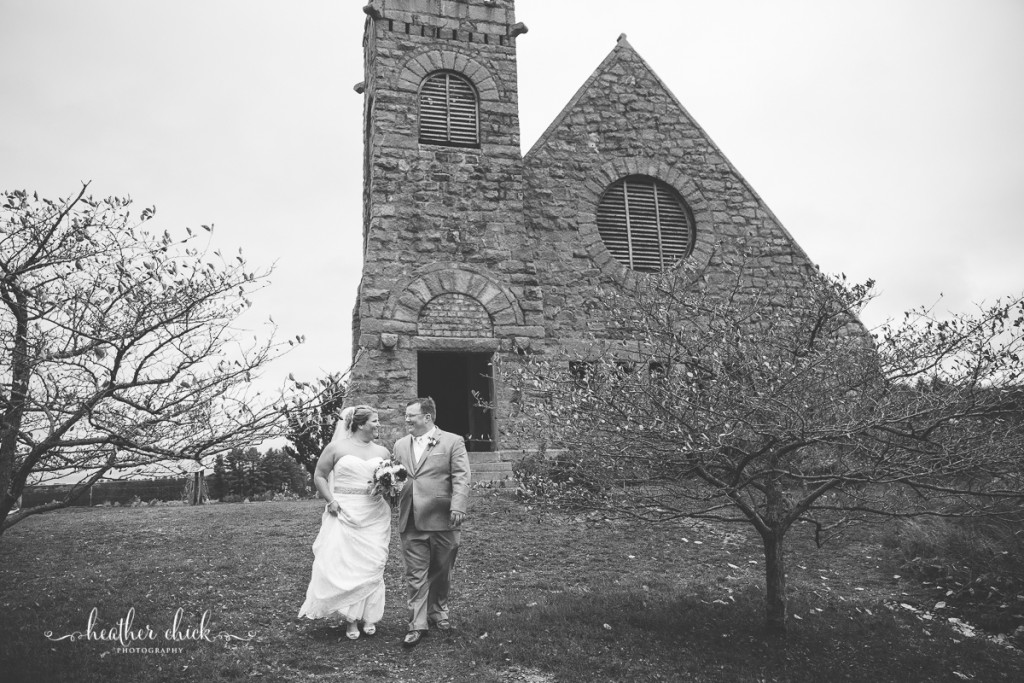chocksett-inn-wedding-ma-wedding-photographer-heather-chick-photography-099-3j4a3052