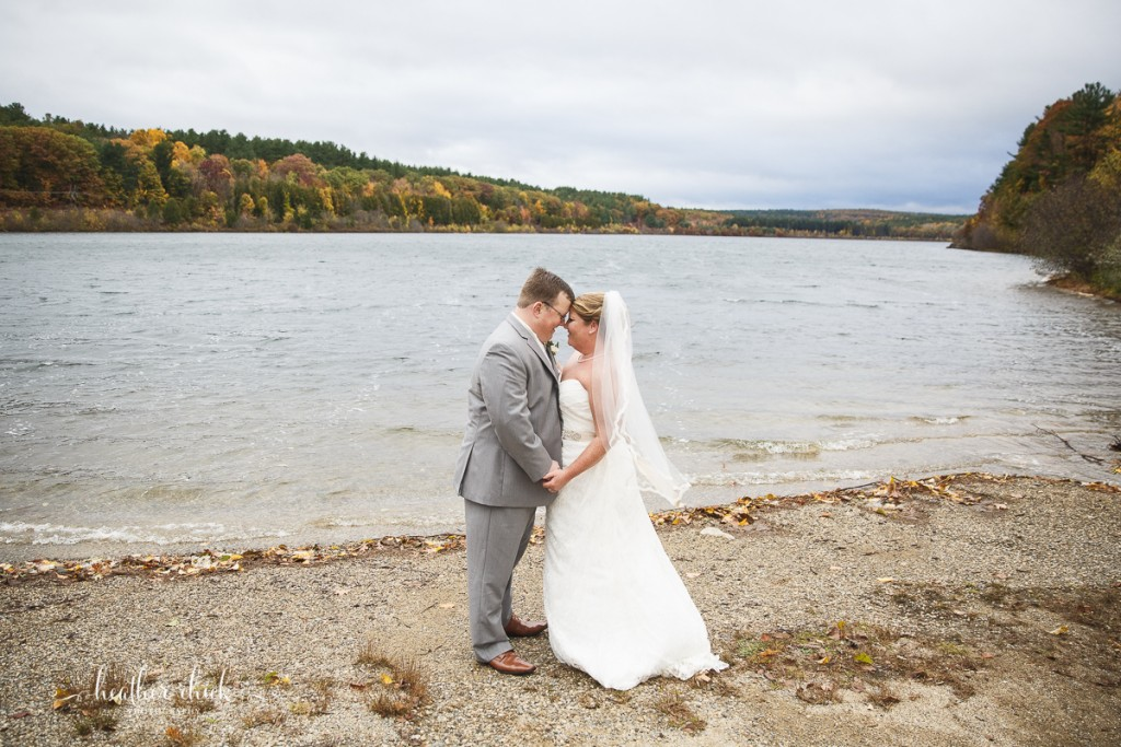 chocksett-inn-wedding-ma-wedding-photographer-heather-chick-photography-102-3j4a3117