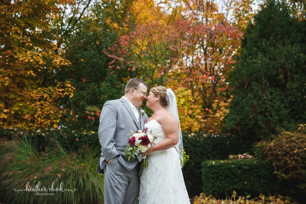 chocksett-inn-wedding-ma-wedding-photographer-heather-chick-photography-113-3j4a3548