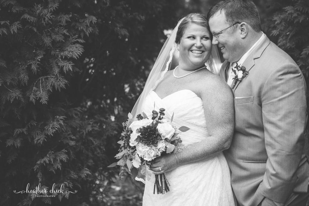 chocksett-inn-wedding-ma-wedding-photographer-heather-chick-photography-119-3j4a3639
