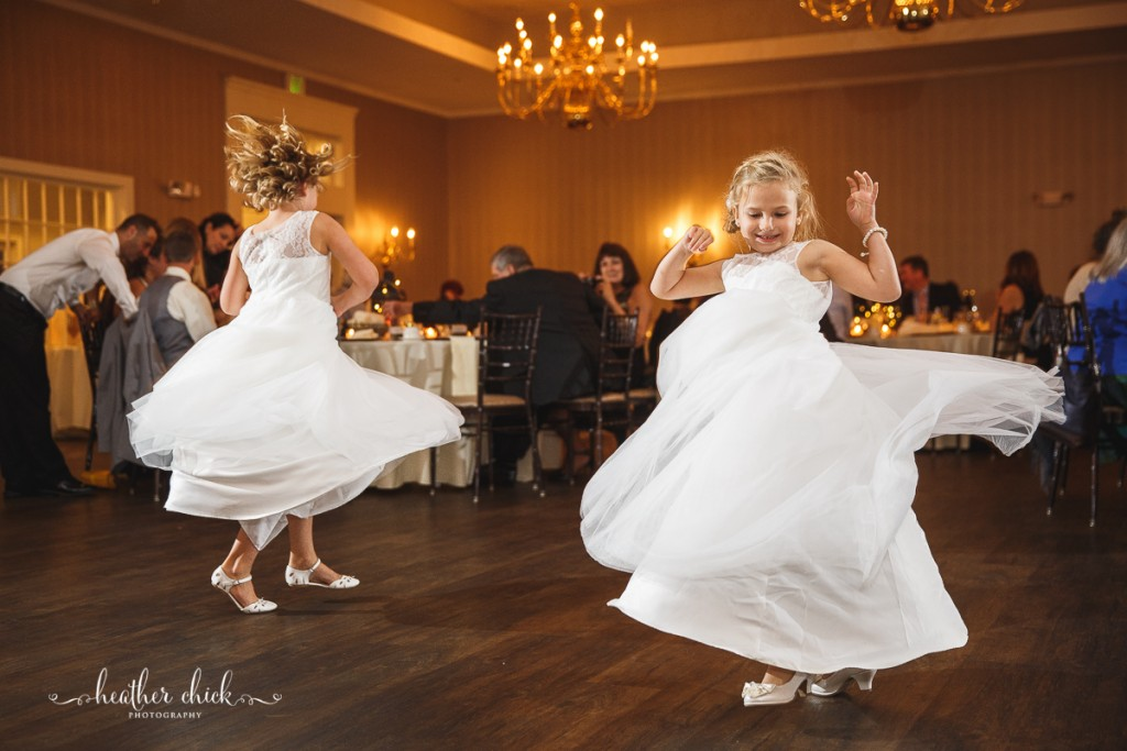 chocksett-inn-wedding-ma-wedding-photographer-heather-chick-photography-140-3j4a4179