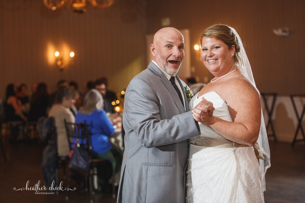 chocksett-inn-wedding-ma-wedding-photographer-heather-chick-photography-143-l97c19502