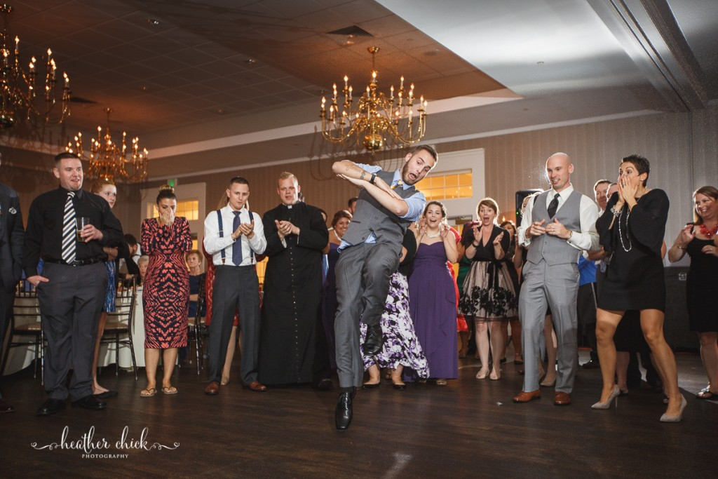 chocksett-inn-wedding-ma-wedding-photographer-heather-chick-photography-175-3j4a5573